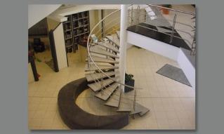 Pierre reconstituée - Escaliers