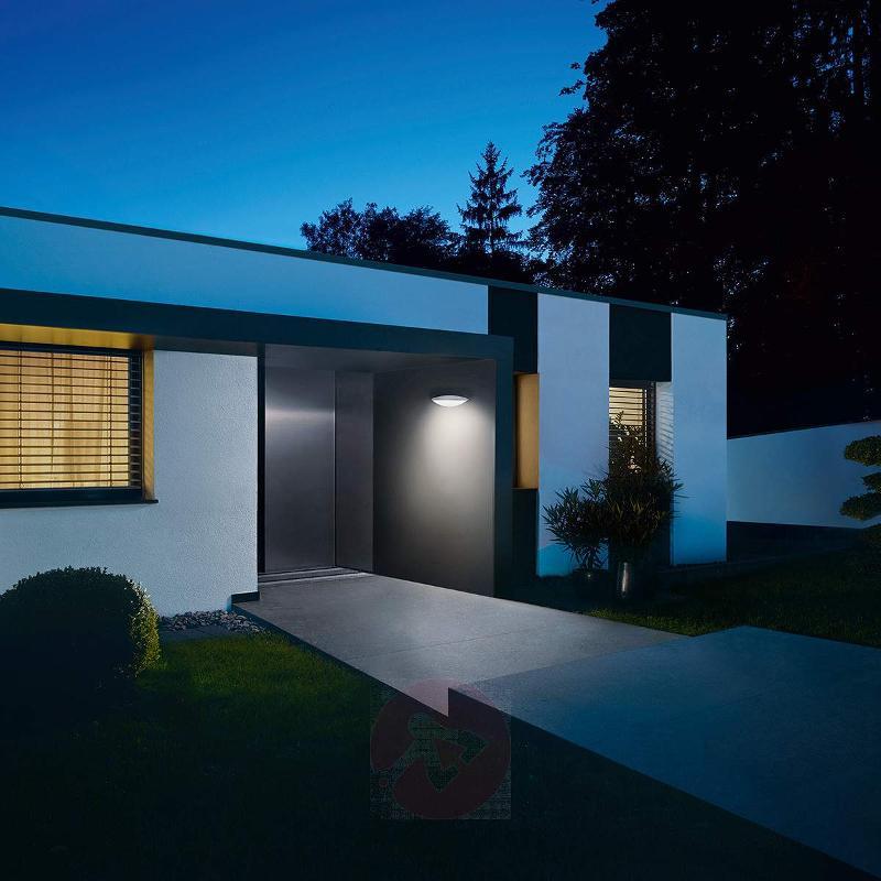 L825 LED iHF LED outdoor wall light, sensor silver - Wall Lights with Motion Sensor