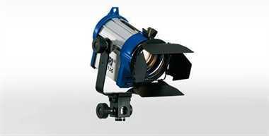 Halogen spotlights - ARRI Junior 150 set blue/silver with schuko