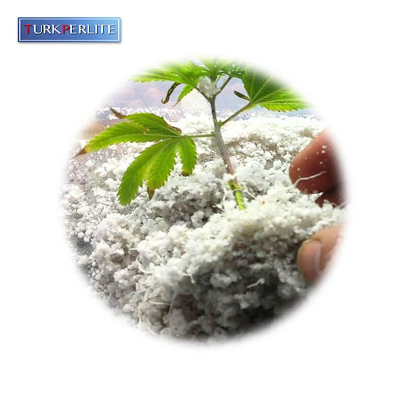 Agricultural perlite - Perlit is used as a substrate agent in soil aeration, steel layering.. etc.