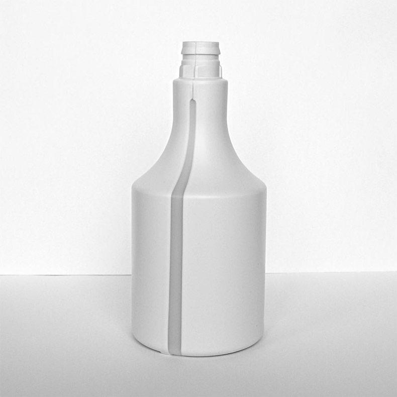 PLASTIC BOTTLES MADE OF RECYCLATE - environmentally sustainable plastic bottles / recyclate bottles
