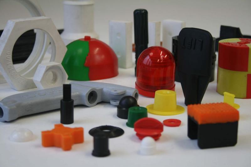 Pièces en plastique moulées sur mesure - null