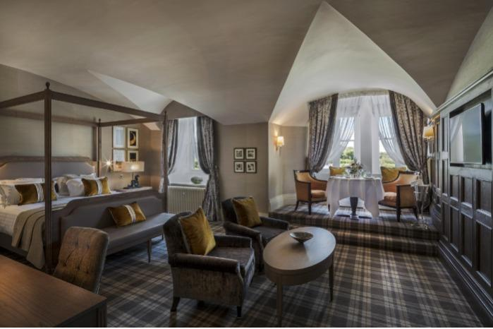 Hotel Lobby -