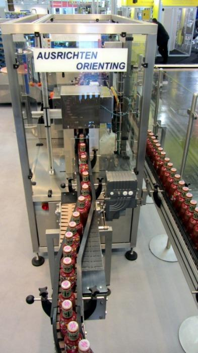 Gronemeyer Aligner station - To feed glasses, bottles or tins aligned into a filling or labelling machine