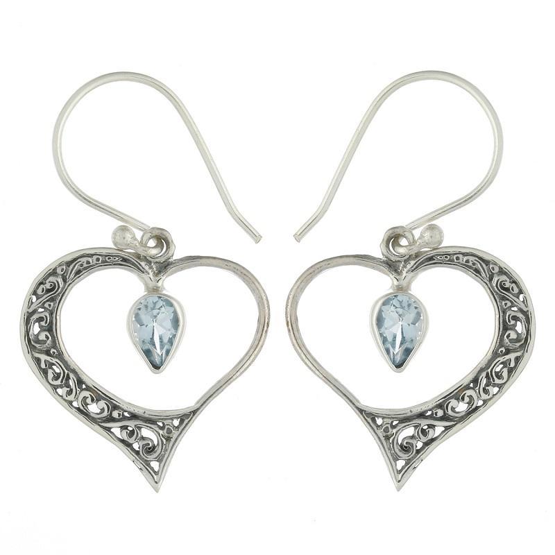 Brincos em Prata 925 e Topázio Azul Coração