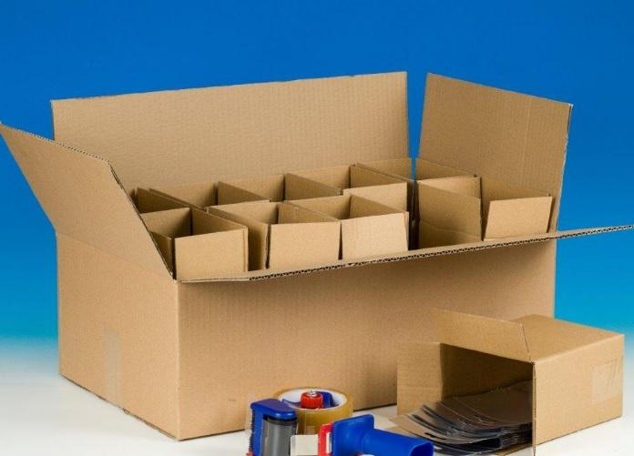 PACKAGING AND CUSTOMIZING -