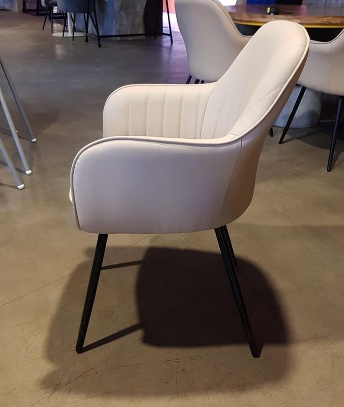 """Chair """"Madnes"""" - Chair"""