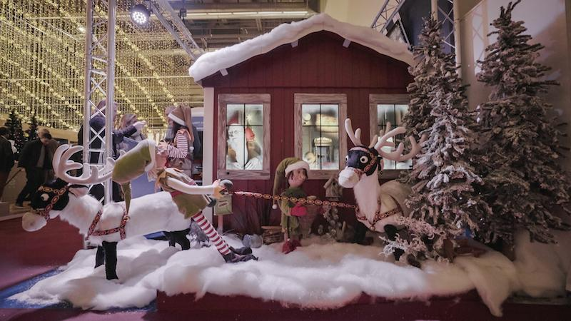 Christmas in a Box - Home of Santa - View Inside from... - null