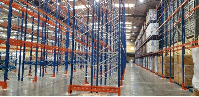 Soluções de Logistica - Estantes Convencionais para Paletes