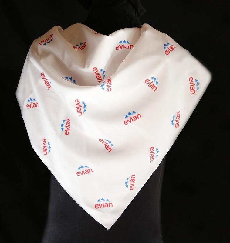 Foulards publicitaires et foulards personnalisés - foulard publicitaire imprimé (évènement sportif)