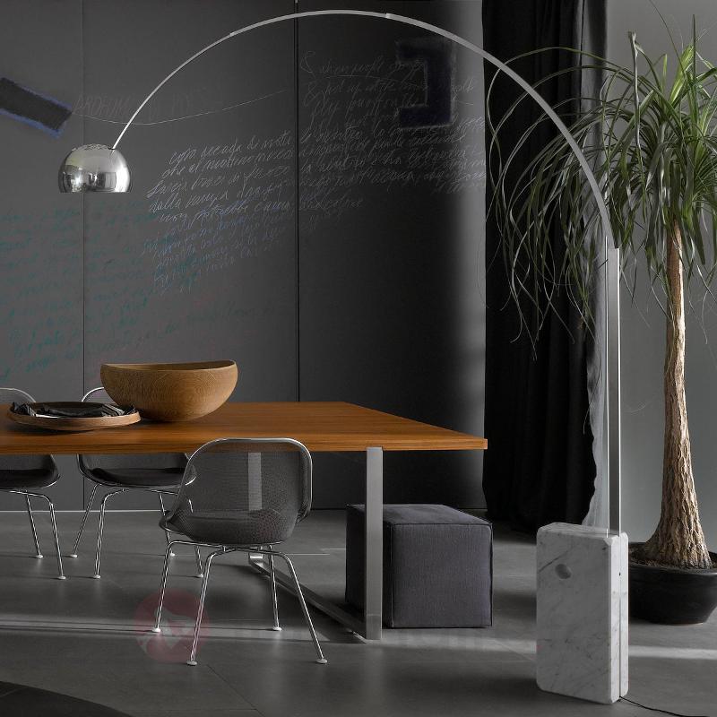 Lampadaire arqué révolutionnaire LED ARCO - Lampadaires design