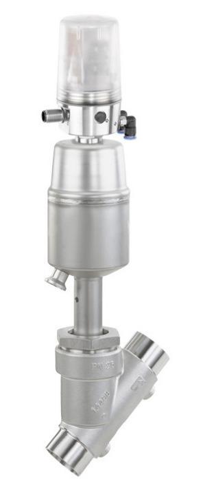 Pneumatically operated angle seat globe valve GEMÜ 550 - The GEMÜ 550 2/2-way angle seat globe valve has is pneumatically operated.