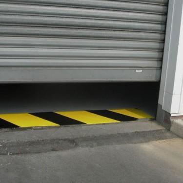 Peinture marquage au sol extérieure - Peinture de Signalisation Porte Automatique Ruban de Masquag