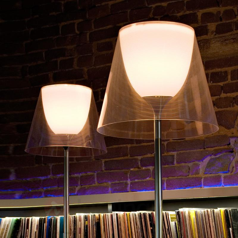 Lampadaire KTRIBE F2 by FLOS aspect moderne - Lampadaires design