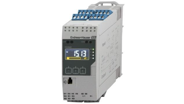 RMA42 Transmisor de proceso con unidad de control -