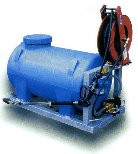 HIGH PRESSURE WATER PUMPS / CLEANERS - Brochure High Pressure Washer Metropolis Hydraulic driven high pressure...