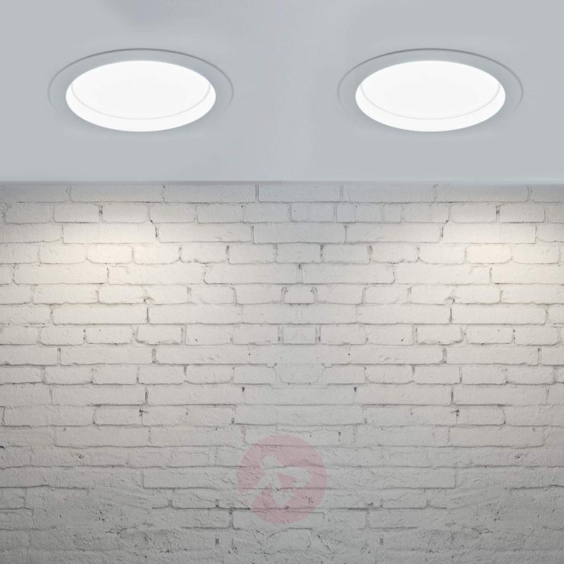 Bright LED downlight Piet, 36W, 3 luminous colours - indoor-lighting