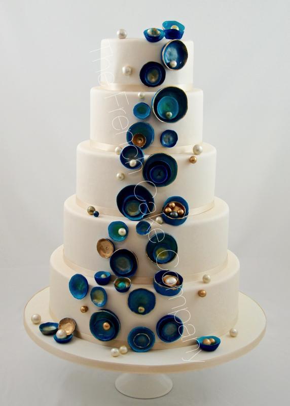 Gâteaux et Pièces Montées sur-mesure - Gâteau perles et bleu iran