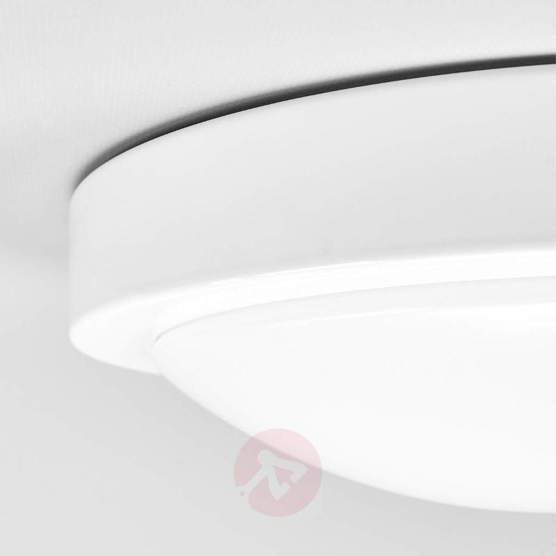 Aras bathroom LED ceiling light with sensor, white - Ceiling Lights with Sensor