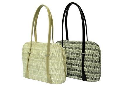 Leather handbag - item 851
