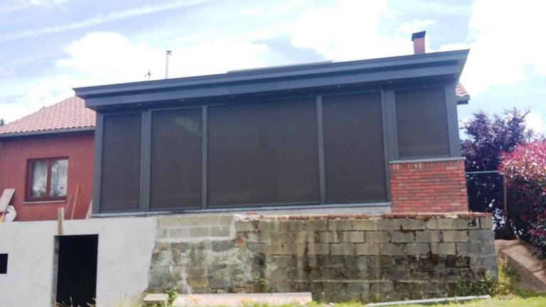 stores extérieurs en toiture - null
