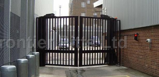 Portails pivotants - TERRA V Gate
