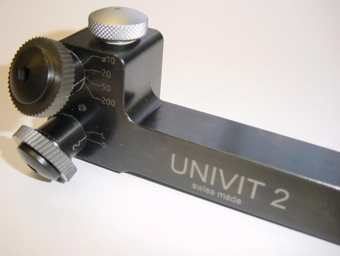 UNIVIT Randrierapparat - Ränderschneidapparat für Kreuz-, Fischgrat- und Längsrändel