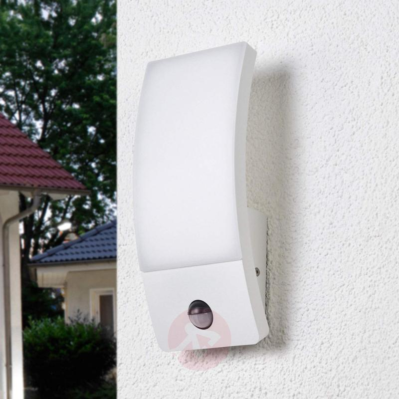Motion detector outdoor wall lamp Siara with LEDs - outdoor-led-lights
