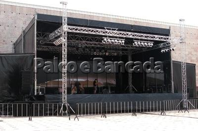 Covered Stages