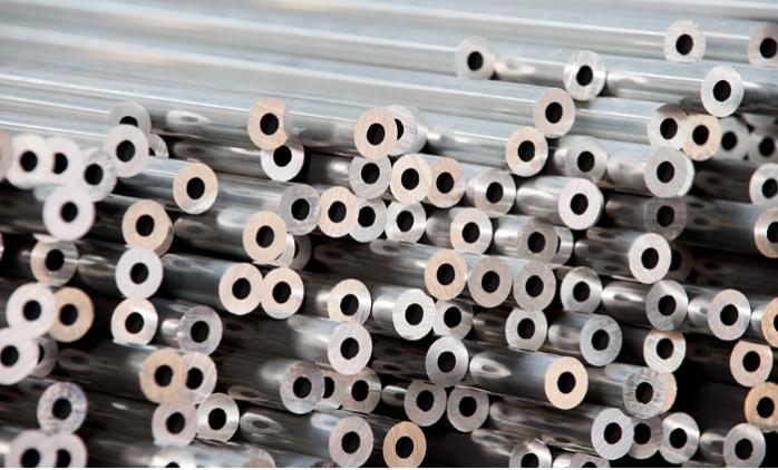 Tubes étirés en aluminium -