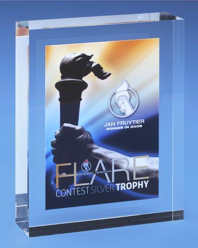 Trophées & tombstones en Plexiglas  - Trophée type: Award incl 2