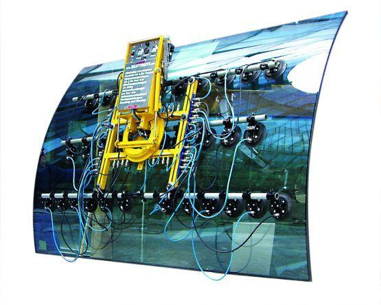 Vacuum suction systems for curved panes - Vacuum lifting devices for curved and wavy panes of up to 6000 kg