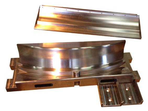 Outillage de formage à chaud en inox réfractaire pour pièces en titane pour indu - null