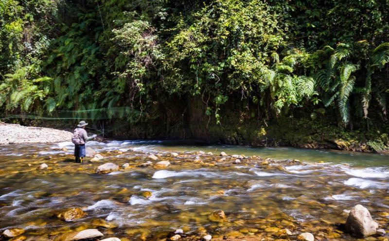 FISHING  - KHAO SOK LAKE