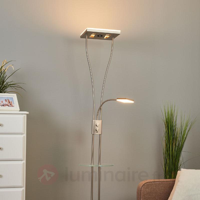 Helia - un lampadaire LED multifonctions - Lampadaires LED à éclairage indirect