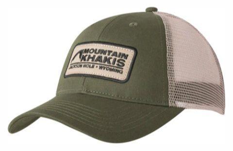 Toppe di alta qualita' cucite su cappellini - Toppe personalizzate di qualita' con logo del cliente, cucite su cappellini.