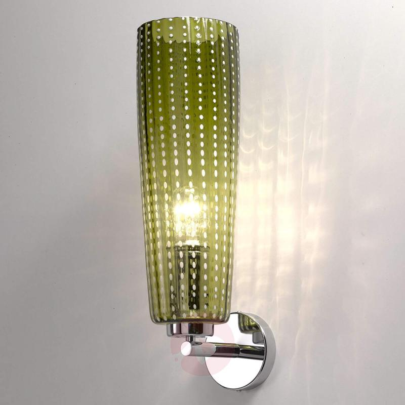 High-quality glass wall light Perle in apple-green - indoor-lighting