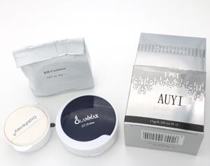 Cosmetics - All-In-One Liquide Compact Foundation with 1 new