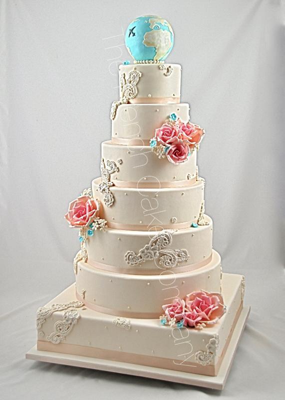 Gâteaux et Pièces Montées sur-mesure - Pièce montée mariage voyages