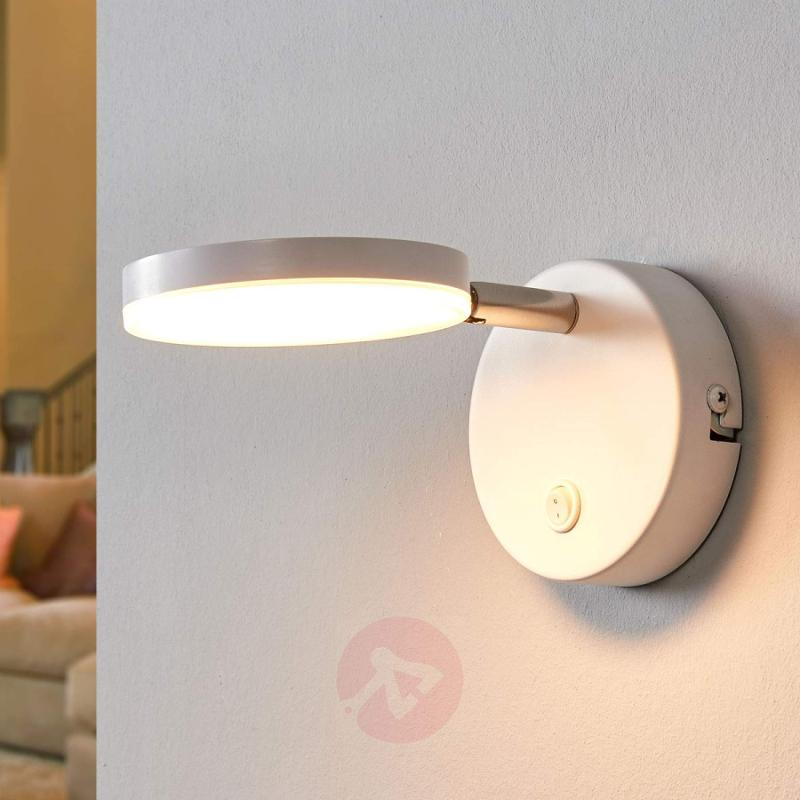 White LED wall lamp Milow with switch