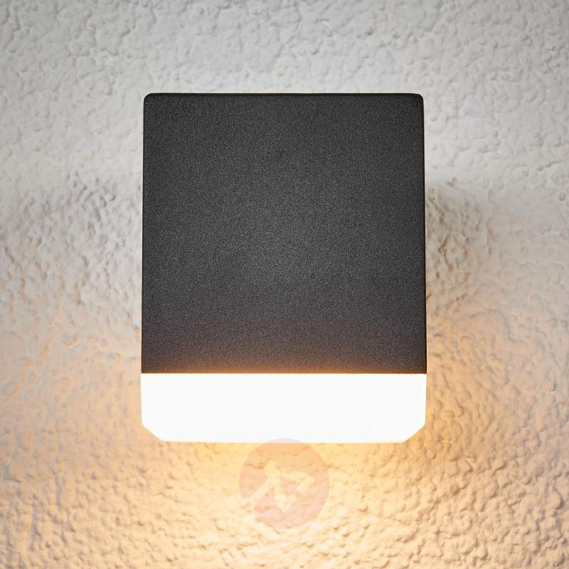Outdoor wall lamp Hedda in grey, with LEDs - outdoor-led-lights