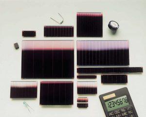 Cellules solaires au silicium amorphe