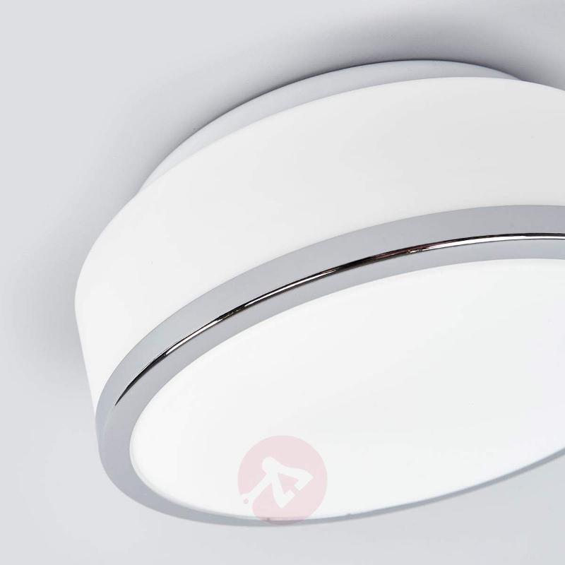 Flush elegant ceiling light, chrome, IP44, 23 cm - Ceiling Lights