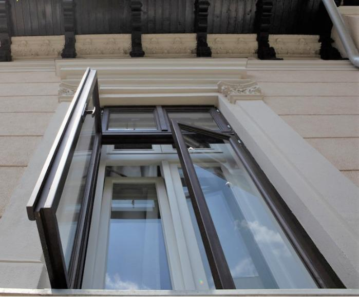 Double wooden window - Customized double wooden window
