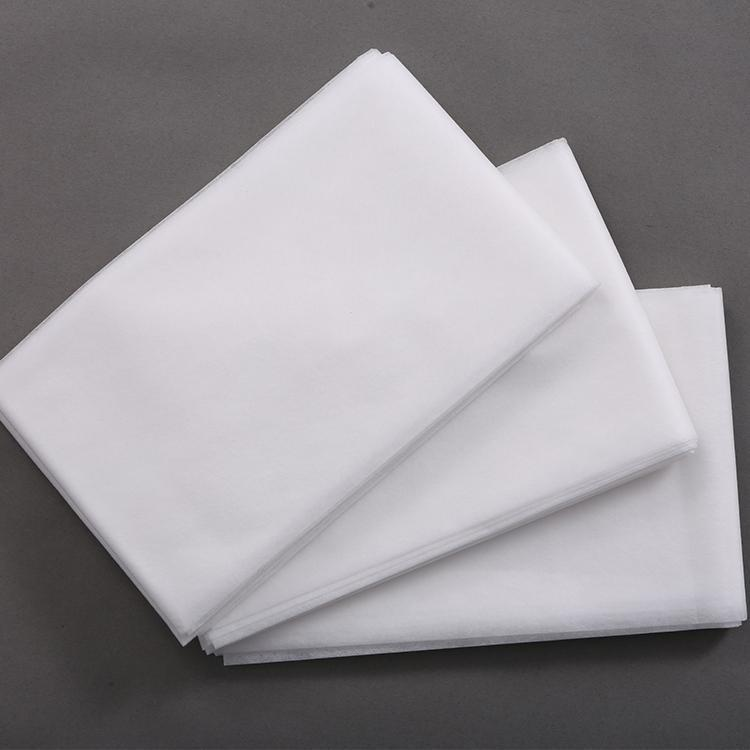 Nonwoven bed sheet -