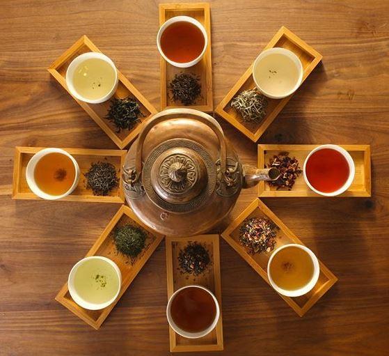 I nostri Tè - Tè Verdi - Tè Neri- Tè Bianchi - Tè Profumati/Aromatizzati - Tisane - Infusi