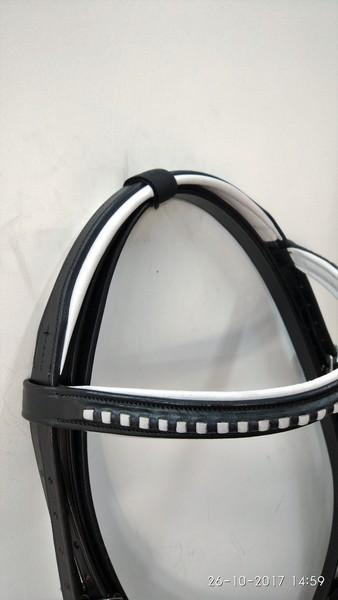 Show comfort bridle with braided Browband  - show comfort padded bridles in white and black leather