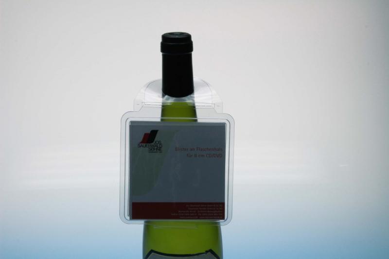 Klappblister für 8cm CD-Stecktasche an Flasche - Flaschenhalsverpackungen