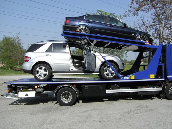 Carroattrezzi doppio piano IVECO Eurocargo 120EL22P