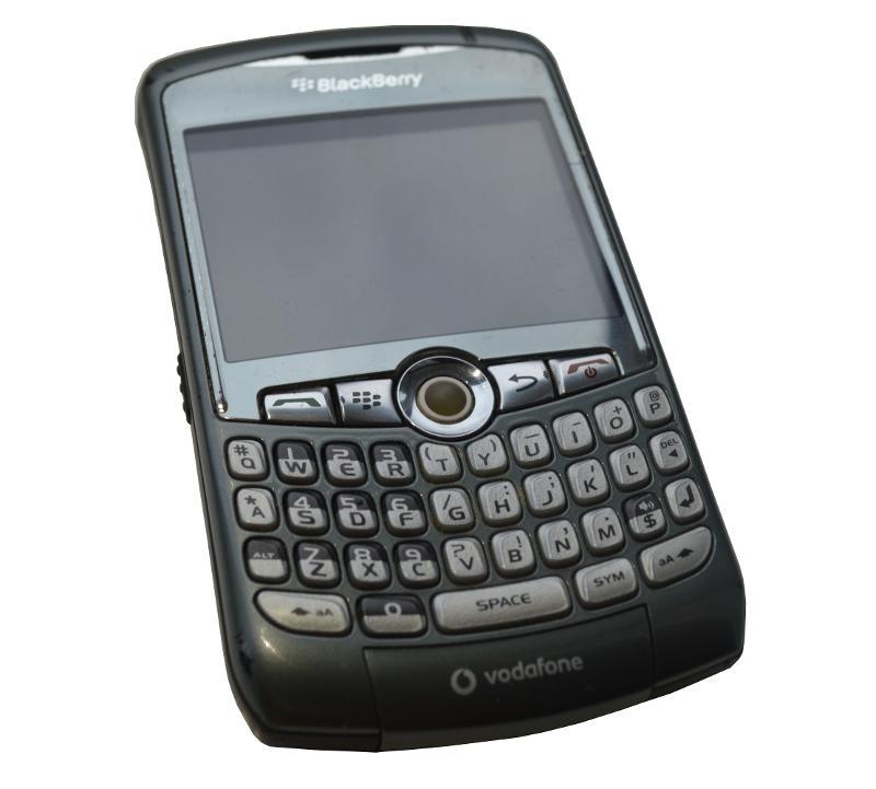 BlackBerry mobile phones FOR RENT - 8100-8110-8310-8520-9300- 9900 network TIM, Vodafone, Wind, H3G